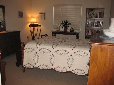 Ephrata Manor Apartment Bedroom