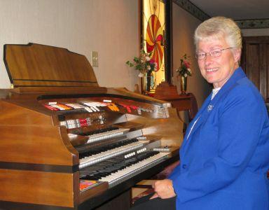 Volunteer Organist